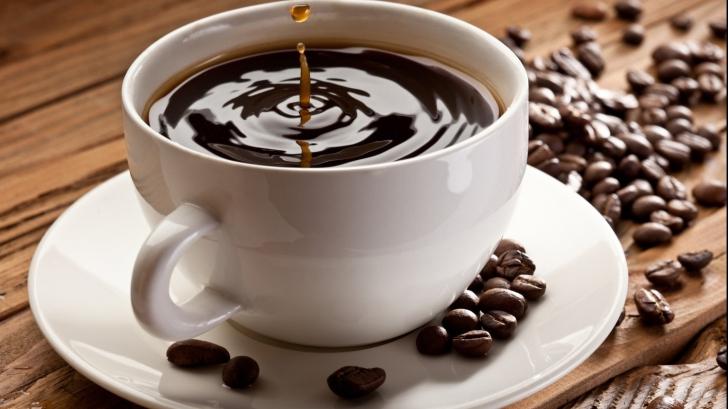 Cinci mituri demontate despre cofeină