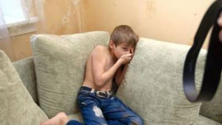 Alarmant: zona din România în care părinţii îşi bat cel mai mult copiii. Cum stă fiecare regiune