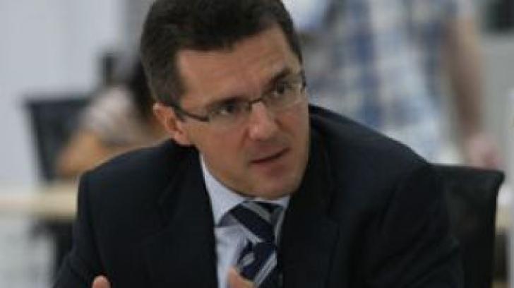 Dan Dungaciu: Politica externă a fost lăsată la cheremul politicienilor