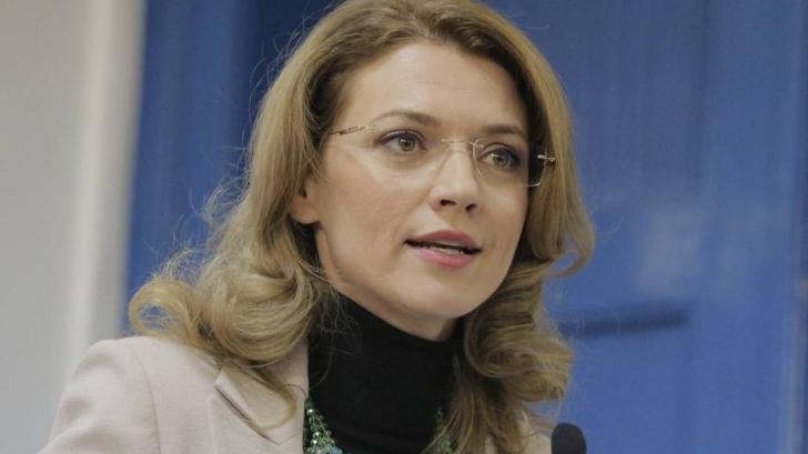 Gorghiu: Sper ca președintele Timofti să găsească o soluție de evitare a alegerilor anticipate