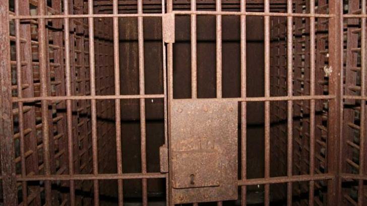 Evadare ca-n filme dintr-o închisoare de maximă securitate. Deţinuţii, extrem de periculoşi