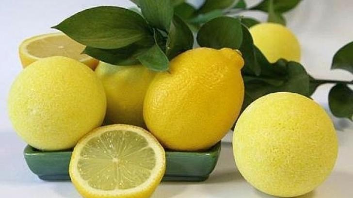 <p>Ce trebuie să ştii despre cura de detoxifiere cu lămâie</p>