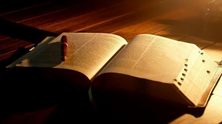 Cele mai mari mistere ale Bibliei. Care este numele lui Dumnezeu şi unde se află Grădina Edenului