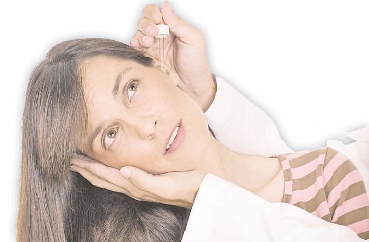 Ai răcit şi te dor urechile? Trei remedii naturiste cu ingrediente pe care sigur le ai în casă