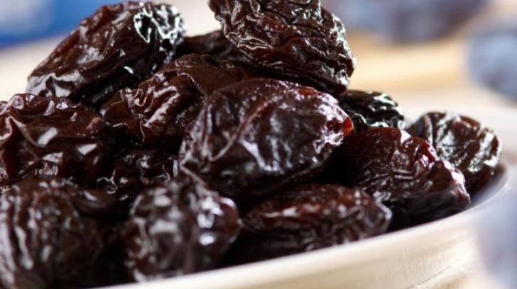 """""""Secretele"""" prunelor uscate: de ce e bine să le mănânci"""