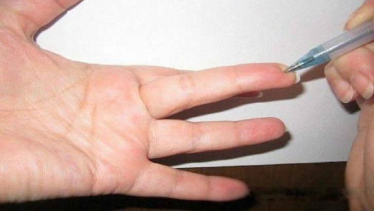 Ce se întâmplă dacă apeşi acest punct de pe deget? Metodă de tratament folosită şi de puşcaşi marini