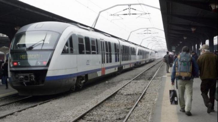 Senatul a decis: studenții vor circula gratuit cu trenul, indiferent de vârstă