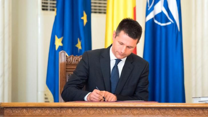 Scrisoare dură pentru Min. Energiei:Dle. ministru, opriţi-vă,şi aşa costurile imposturii sunt enorme