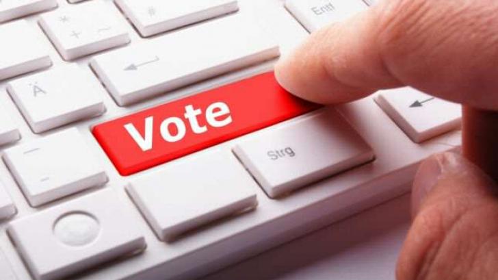 Proiect de lege pentru votul electronic. Mircea Geoană, printre inițiatori