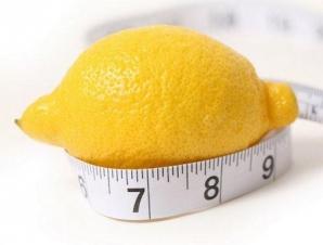 Dieta cu lămâie. Cum să slăbeşti 5 kg în două săptămâni