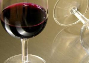 E vinul roşu bun pentru inimă? Iată ce spun cardiologii