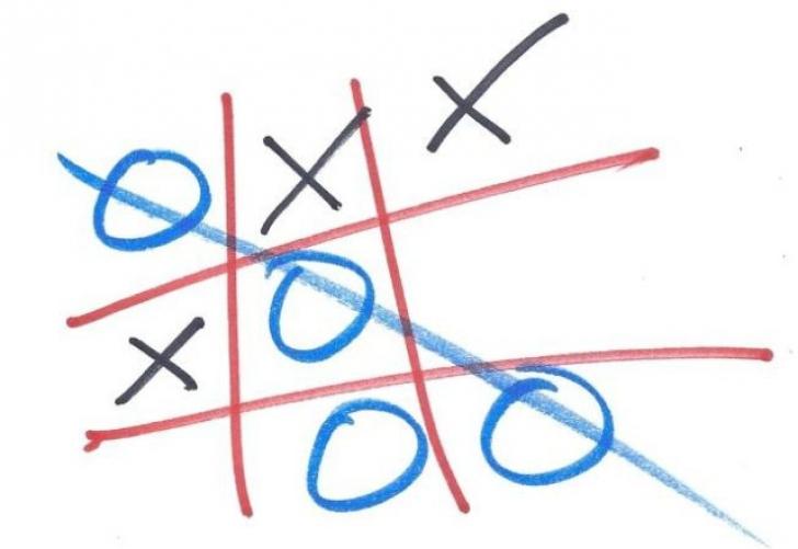 """Cum să nu pierzi niciodată la """"X şi 0"""". Trucul incredibil"""