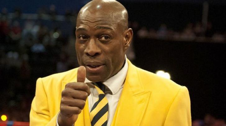 Revenire spectaculoasă în box, la 54 de ani