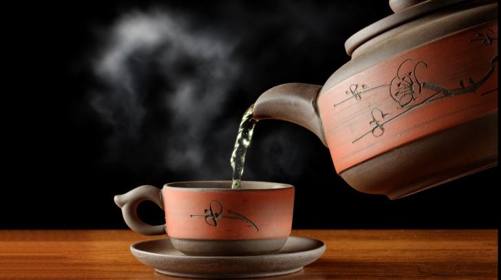 Un singur ceai poate să te scape de durerile de stomac