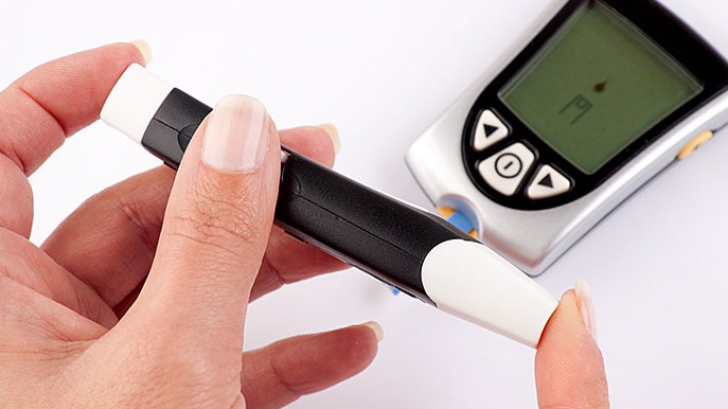 Semne şi simptome ale diabetului. Dacă şi tu păţeşti asta, mergi de urgenţă la medic!