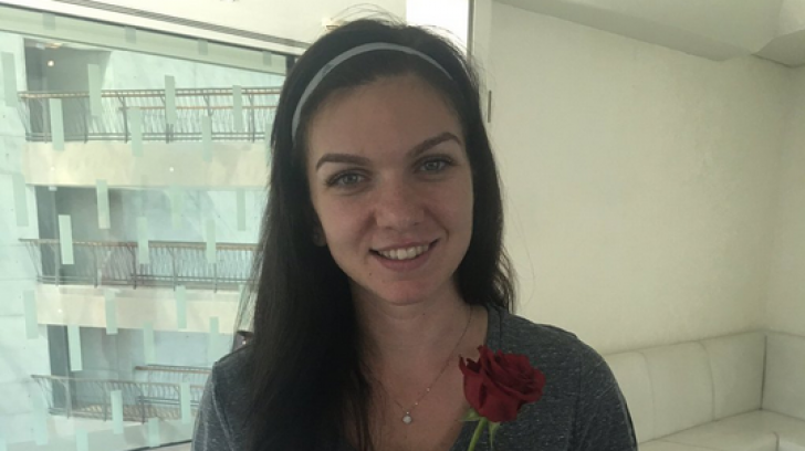 Simona Halep a primit un trandafir roşu de Valentine's Day