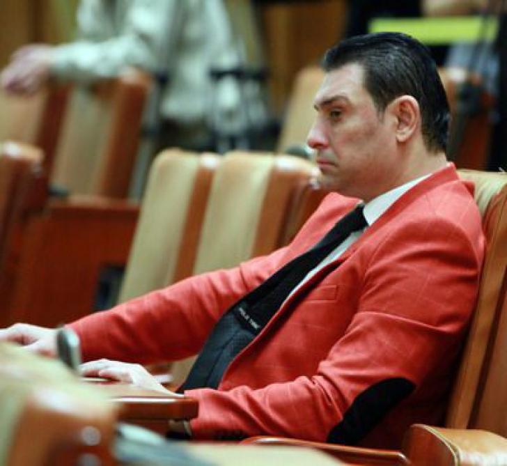 """Deputatul Nicolae Păun, cunoscut ca """"Nicky Scorpion"""", petrecere cu grătar înainte de decizia DNA"""