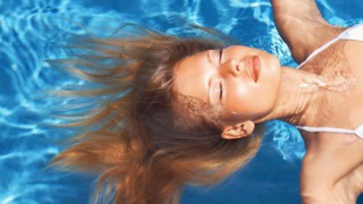 Ce înseamnă dacă visezi că te scufunzi în apă