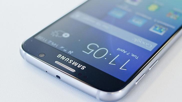 Samsung ar putea lansa un model inedit de smartphone