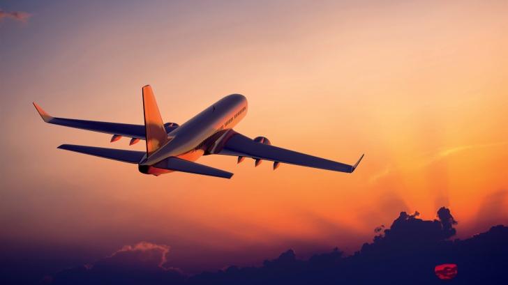 Avertismentul făcut de SUA! Există riscul de explozie a bateriilor de lithium în avioane