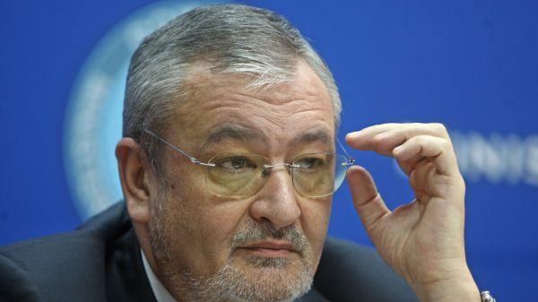 Fostul ministru de Finanţe, Sebastian Vlădescu, audiat ca martor la DNA