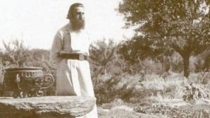 Profeţiile cutremurătoare ale lui Arsenie Boca, ascunse în fresca Bisericii Drăgănescu