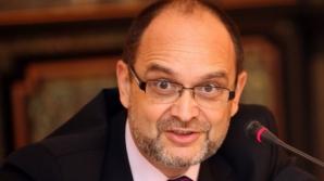 Cum a câştigat profesorul Adrian Curaj peste 119.000 de euro din proiecte europene