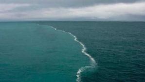 Credeai că le-ai văzut pe toate? Iată locul în care două oceane se întâlnesc şi nu se amestecă