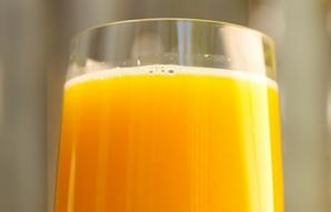 Băutura de aur, ucigaşul celulelor canceroase primare. Cea mai bună reţetă
