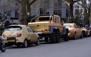 Masini aurite în centrul Londrei