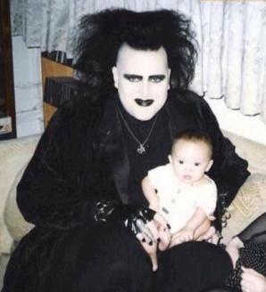 <p>Cele mai PENIBILE fotografii de familie care nici n-ar fi trebuit să existe!</p>