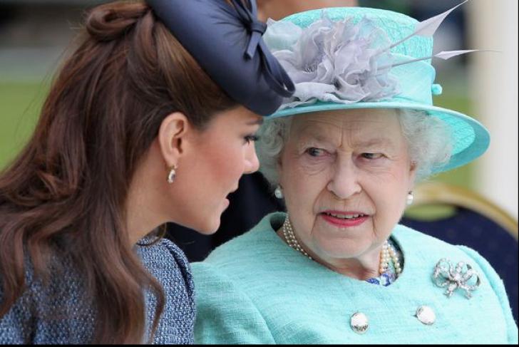 Regina Elisabeta se va înfuria îngrozitor. Kate Middleton rupe o tradiție regală, veche de 115 ani