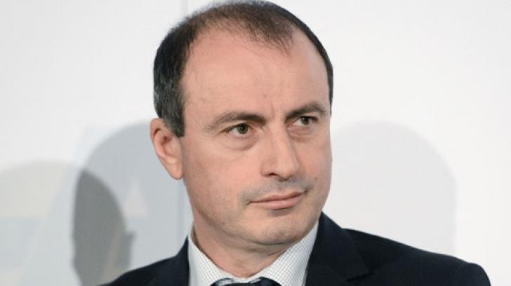 Ministrul Agriculturii, acuzaţii şocante: În România, salamul se spală cu oţet