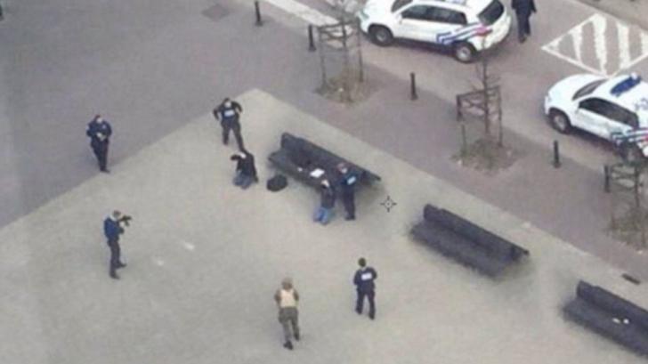 Atentatele din Bruxelles. Doi suspecţi, arestaţi în apropiere de staţia de metrou Maalbeek