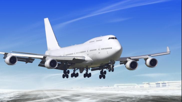 I s-a interzis să mai zboare cu avionul din cauza unui gest banal