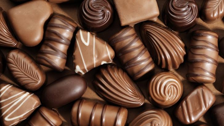 Uimitor. Ce se întâmplă în organismul nostru dacă mâncăm ciocolată dimineaţa?