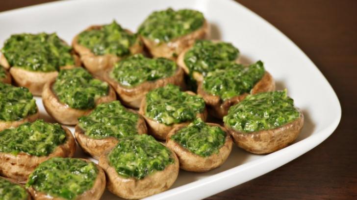 Reţeta zilei: Ciuperci umplute cu spanac