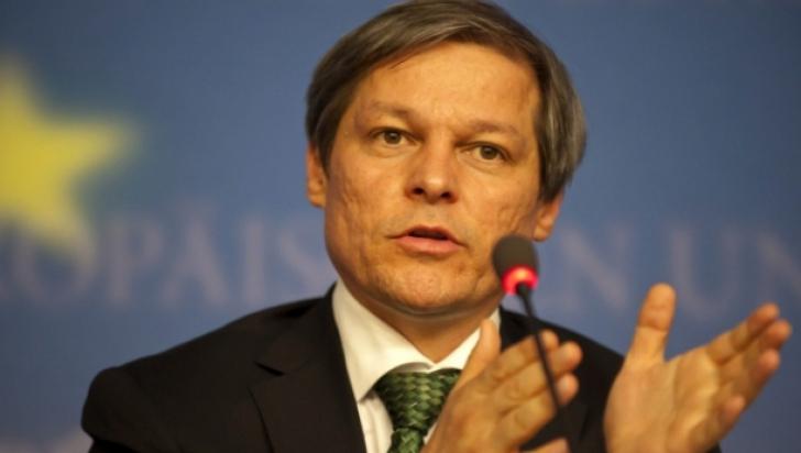 """Cioloș, despre """"Cumințenia Pământului"""": Suntem săraci, dar fără această operă am fi și mai săraci"""