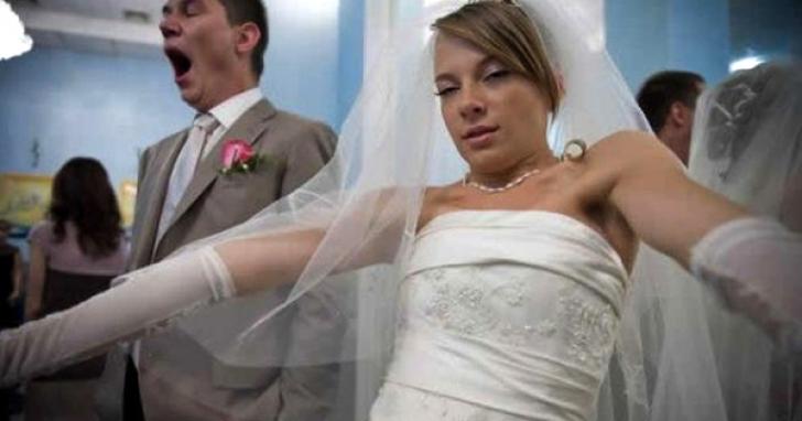 Au furat mireasa de la nuntă, apoi au abandonat-o. Mirele a plecat s-o caute. ŞOCAT cum a găsit-o