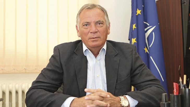 Cioloş l-a eliberat din funcţie pe Florin Diaconu, numit de Ponta la şefia Gărzii de Mediu