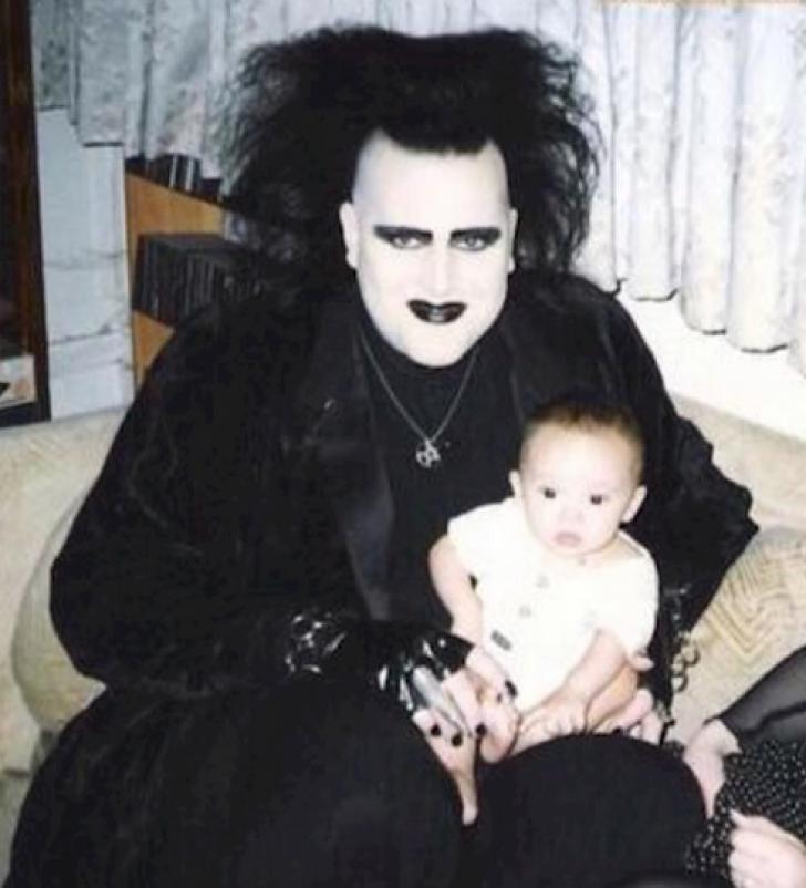 Cele mai PENIBILE fotografii de familie care nici n-ar fi trebuit să existe!