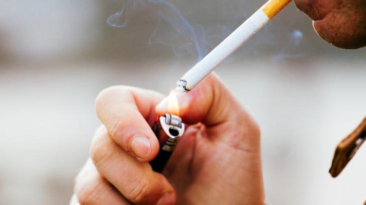 Fumatul INTERZIS, de joi, în spaţiile publice închise. Tot ce trebuie să ştii ca să nu fii amendat