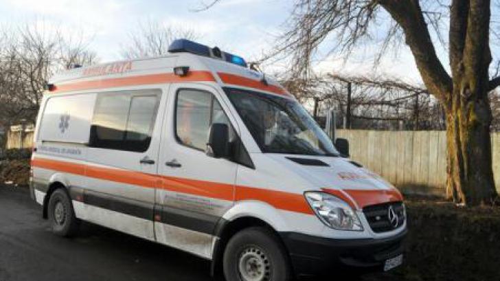 Accident grav la Cluj: O autocisternă a lovit un autobuz. Şase persoane au fost rănite