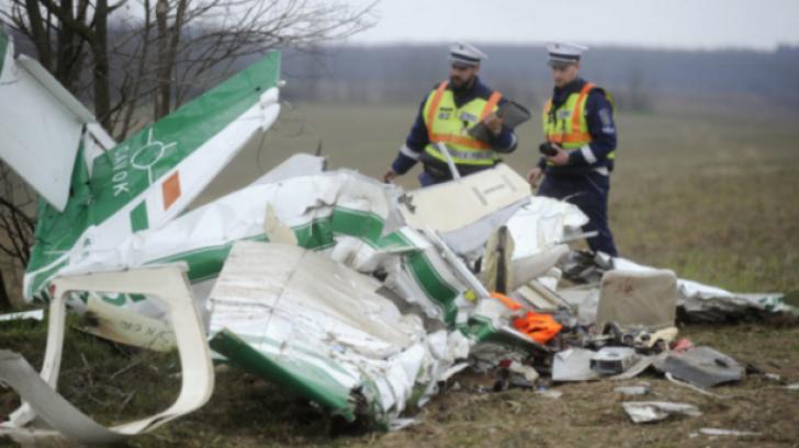 Tragedie în Ungaria. Un român a murit într-un accident aviatic. Era soţul unei cântăreţe