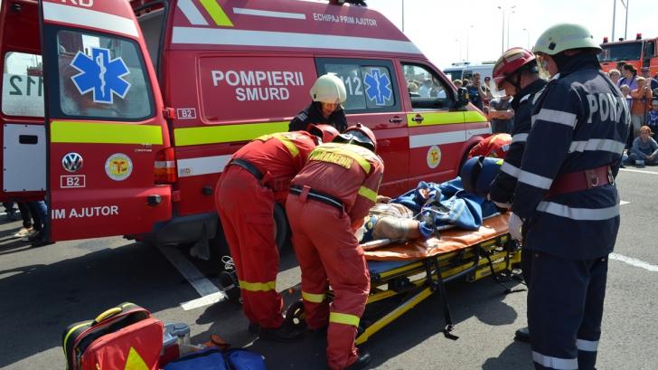 Bărbat blocat într-o fântână, la o adâncime de zece metri, salvat de un echipaj ISU Suceava
