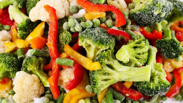 Adevărul despre legumele congelate din supermarketuri. Mai mănânci vreodată aşa ceva?