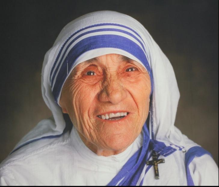 Maica Tereza va fi proclamată sfântă. Papa Francisc a făcut anunțul