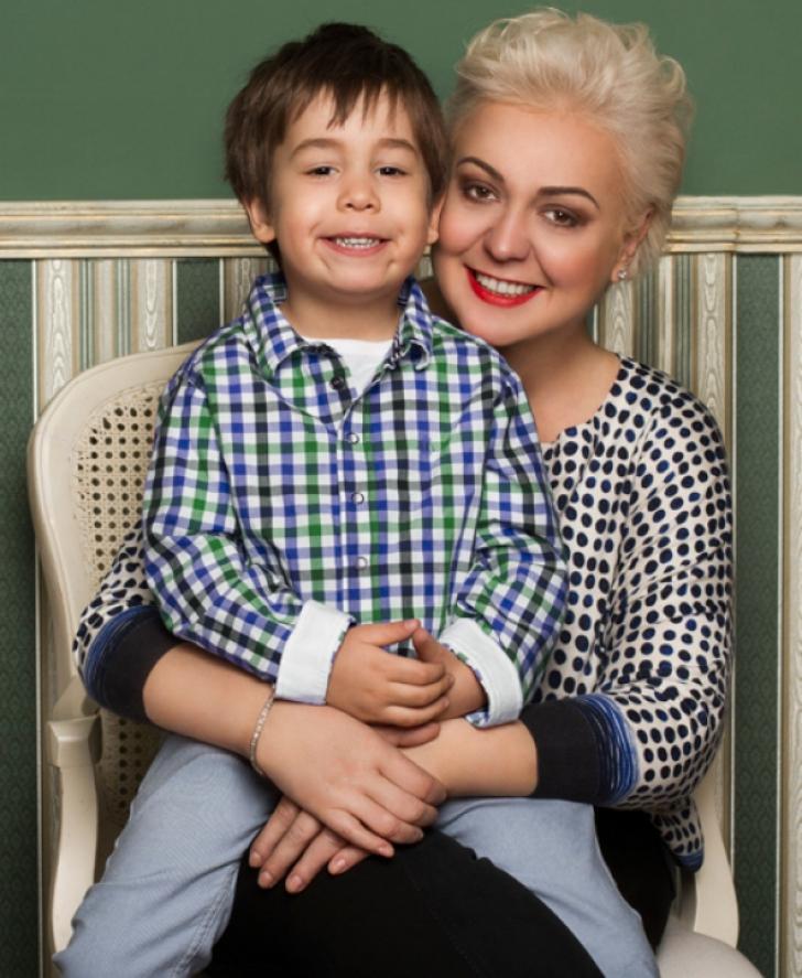 Monica Anghel se mândreşte cu băiatul ei. Cum arată micuţul