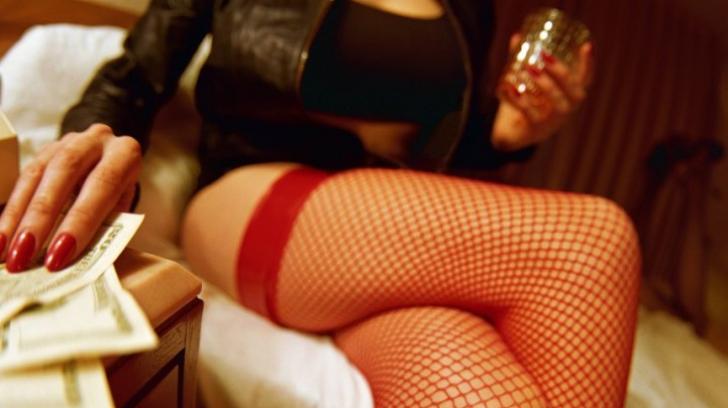 Prostituată din România, acuzată că a şantajat un preot în Austria. Pentru ce i-a cerut 400.000 euro