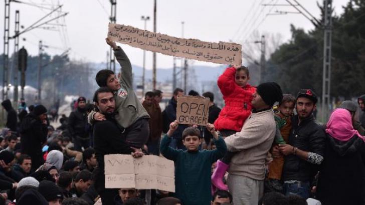"""Amplă manifestație a migranților în Grecia, pentru """"deschiderea frontierelor"""""""
